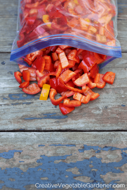 red peppers and tip for food preserving