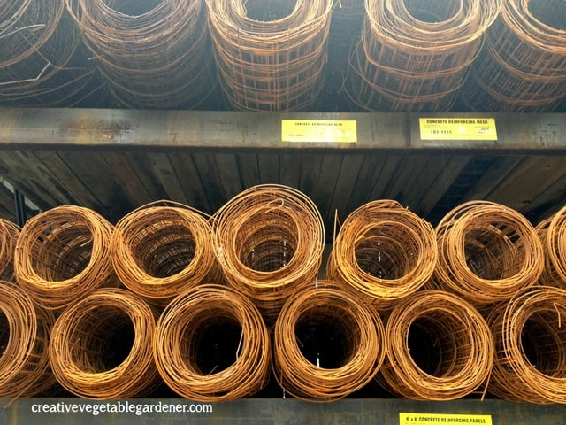 rolls of wire to be made into tomato cages