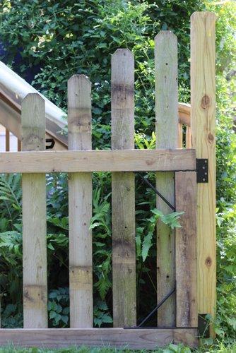 Creative Vegetable Garden Gate
