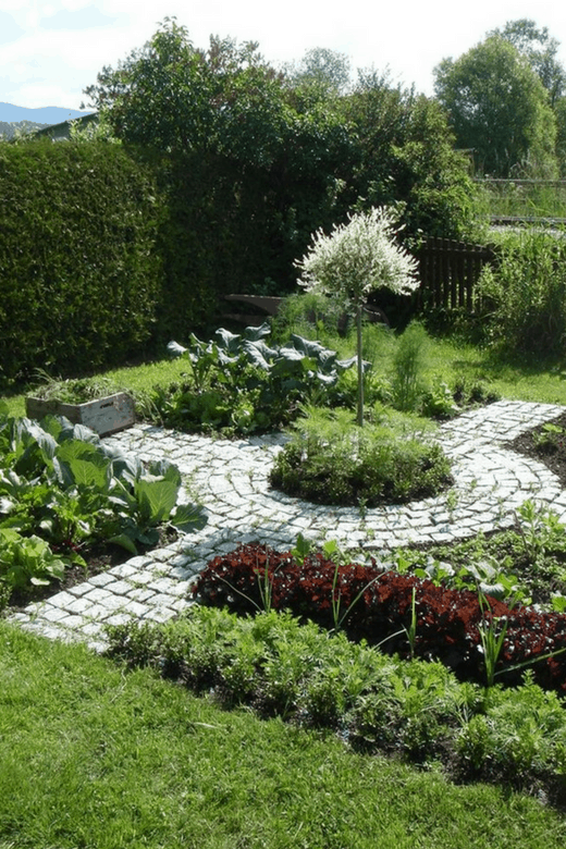 circular garden path pictures of vegetable gardens